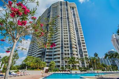 Aventura Condo For Sale: 1000 W Island Blvd #707