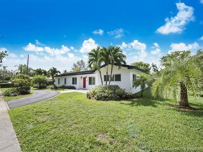 Pinecrest Single Family Home For Sale: 7440 SW 112th St
