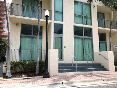 Hollywood Condo For Sale: 140 S Dixie Hwy #TH101