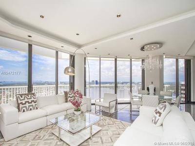 Miami-Dade County Condo For Sale: 2000 Island Blvd #PH-7