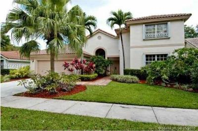 Weston Single Family Home For Sale: 1930 Lake Point Dr