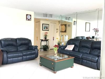 Pembroke Pines Condo For Sale: 1100 Saint Charles Pl #L5