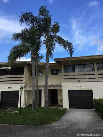 Plantation Condo For Sale: 11017 W Broward Blvd #11017
