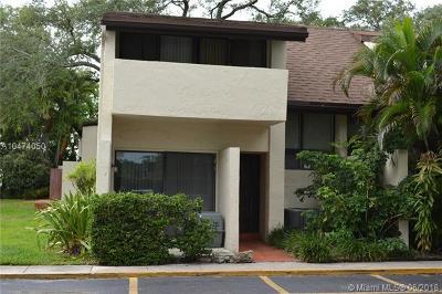 Aventura Condo For Sale: 19424 NE 26th Ave #131B