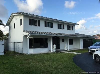 Hollywood Single Family Home For Sale: 1240 Washington St