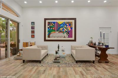 Palm Beach County Single Family Home For Sale: 10240 Lexington Estates Blvd