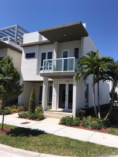 Miami Condo For Sale: 6438 NW 104th Ct