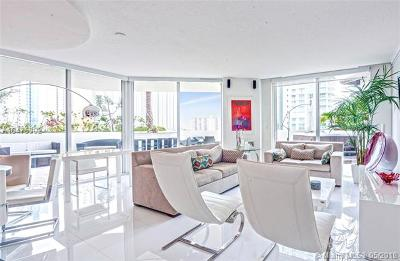 St Tropez On The Bay, St Tropez On The Bay 1 Co, St Tropez/Bay I, St Tropez Ocean, St Tropez Ocean Condo Condo For Sale: 150 Sunny Isles Blvd #1-504
