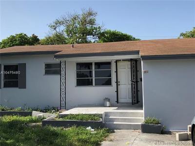 North Miami Single Family Home For Sale: 880 NE 135th St