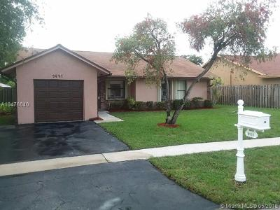 Sunrise Single Family Home For Sale: 9427 NW 45th St