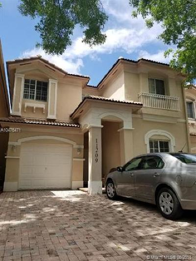 Doral Single Family Home For Sale: 11209 NW 73rd St