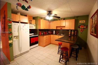 Miami Gardens Condo For Sale: 4526 NW 190th St