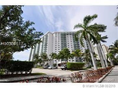 Sunny Isles Beach Condo For Sale: 19380 Collins Ave #501