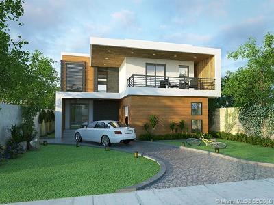 Coconut Grove FL Single Family Home Pending Sale: $995,000
