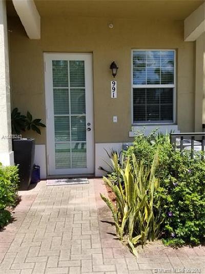Pembroke Pines Condo For Sale: 991 SW 147th Ave #2513