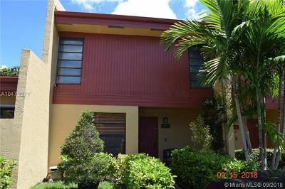 Pembroke Pines Condo For Sale: 1465 NW 97th Ter #323
