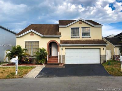 Davie Single Family Home Active With Contract: 1170 SW 108th Ter