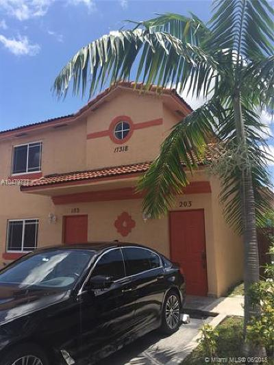 Hialeah Condo For Sale: 17318 NW 74th Ave #203