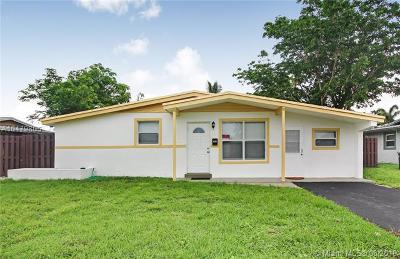 Lauderhill Single Family Home For Sale: 4351 NW 11 Street