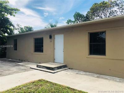 North Miami Single Family Home For Sale: 305 NW 135th St