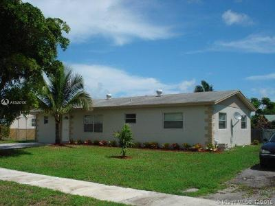 Deerfield Beach Single Family Home For Sale: 1240 SW 5th Ter
