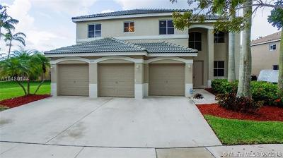 Weston Single Family Home For Sale: 870 Nandina Dr