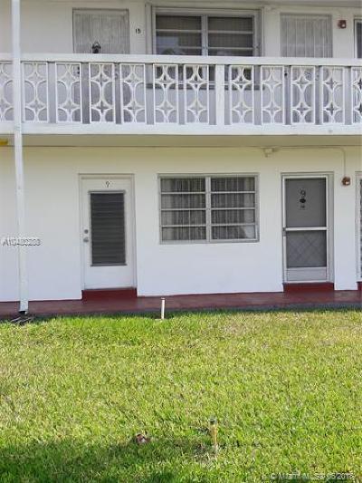 Miami Gardens Condo For Sale: 122 NE 204 #9