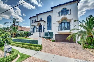 North Miami Single Family Home For Sale: 13050 Biscayne Island Terrace
