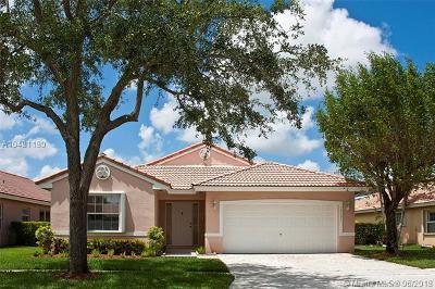 Miramar Single Family Home For Sale: 15121 SW 49th Ct
