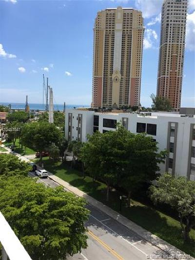 Sunny Isles Beach Condo For Sale: 200 178th Dr #706