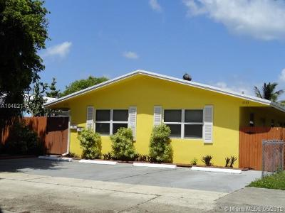 Hollywood Multi Family Home For Sale: 2131-2133 N 19th Ave