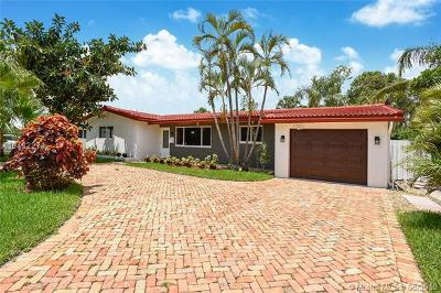 Oakland Park Single Family Home For Sale: 4431 NE 18th Ave