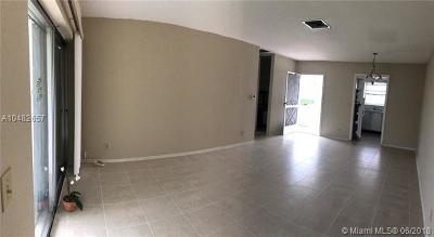 West Palm Beach FL Condo For Sale: $50,000