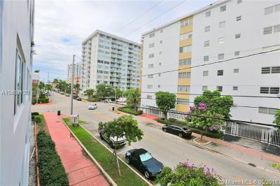 Miami Beach Condo For Sale: 1400 Lincoln Rd #301
