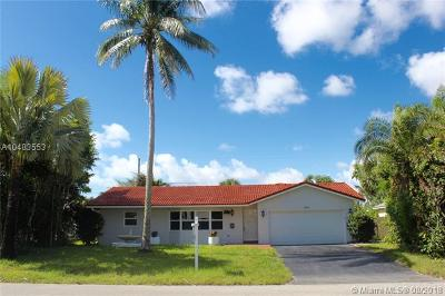 Palm Beach County Single Family Home For Sale: 846 NW 7 Street