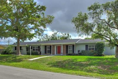 Palmetto Bay Single Family Home For Sale: 14845 SW 88th Ave