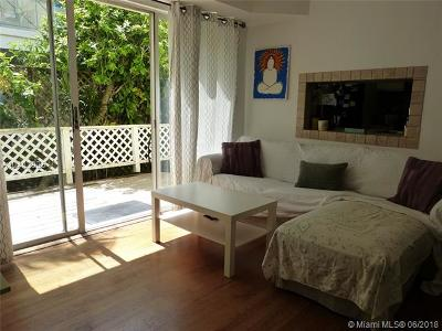 Miami Beach Condo For Sale: 832 15th St #1