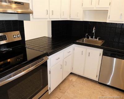Miami Beach Single Family Home For Sale: 750 Michigan Ave #302