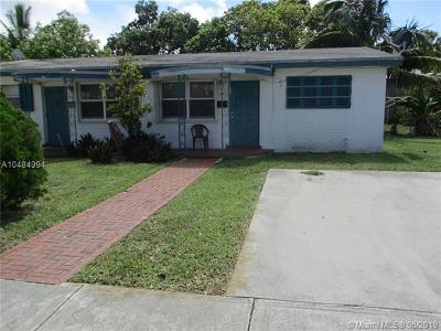 Hallandale Multi Family Home For Sale: 300 SW 11th Ave