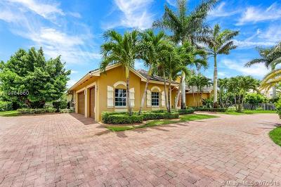 Davie Single Family Home For Sale: 4278 Derby Dr