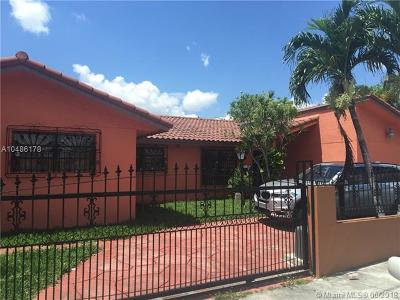 Hialeah Single Family Home For Sale: 1300 W 37th St