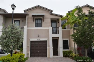 Doral Condo For Sale: 10405 NW 61st Ln #10405