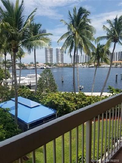 Aventura Condo For Sale: 21385 Marina Cove Cir #14-E