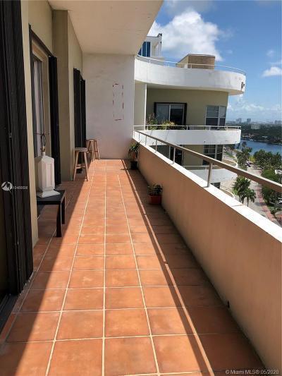 Miami Beach Condo For Sale: 5555 Collins Ave #17U