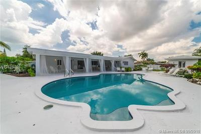 Miami Single Family Home For Sale: 13300 SW 110th Ave