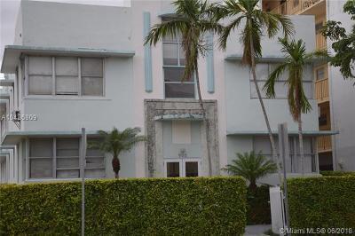 Miami Beach Condo For Sale: 900 Jefferson Ave #11