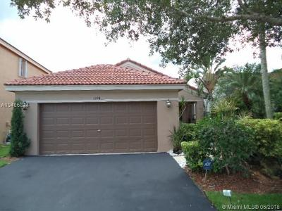Weston Single Family Home For Sale: 1324 Plumosa Way