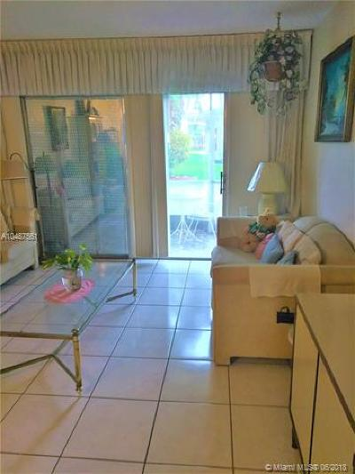 Fort Lauderdale Condo For Sale: 4441 NW 16th #J104