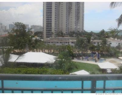 Sunny Isles Beach Condo For Sale: 17375 Collins Av #2607