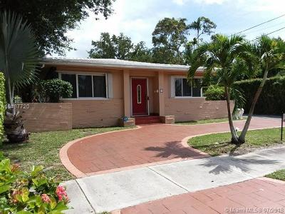 Miami-Dade County Single Family Home For Sale: 25 NW 95th St